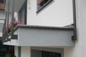 luna element kot balkonska obroba