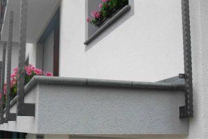 luna robnik kot balkonska obroba