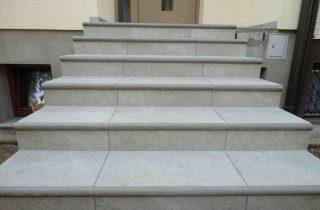 stopnice iz luna elementov